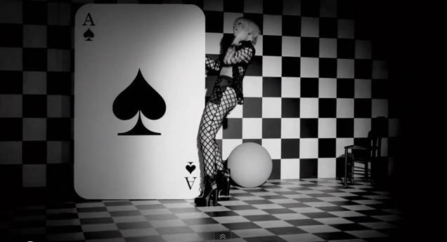 EL BLANCO Y NEGRO - Página 29 Rihanna-You-Da-One-Video-Illuminati-checkerboard
